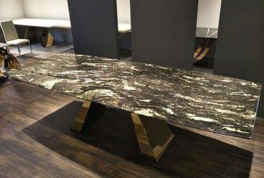mramorovy-stol