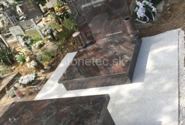Urnový hrob Paradiso Classico zmontovaný v Nitre