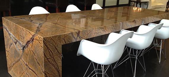 Mramorové stoly do kancelárie